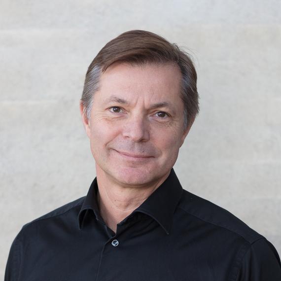 Daniel Oelker, Chief Communication Officer ZetaDisplay